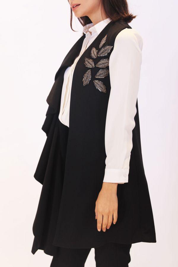 Black Ruffles Vest